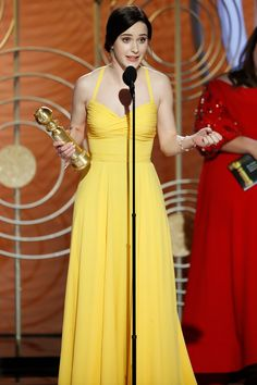 Rachel Brosnahan Wins Best Actress for 'The Marvelous Mrs. Maisel' at the Golden Globes — Again Jason Statham, Diana, Rachel Brosnahan, Spencer Hastings, Golden Globes, Best Actress, Yellow Dress, Pretty Outfits, Pretty Clothes