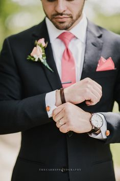 Wedding, Wedding Photos, Groom, Portraits, Details, Watch, Cufflinks, Salmon Colored Tie Best of 2016 | Part Two | Wedding & Engagement Photography – THE CARRS PHOTOGRAPHY WEDDINGS & PORTRAITS