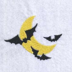 {Halloween- Bats Flying Around a Moon spookyhoot _008_5x7.pes K.H. DesignsBySick}  Hourly free embroidery design