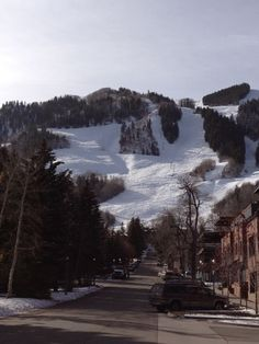 Aspen, CO in Colorado, the setting for JUMPED.