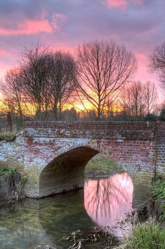 River Flowing Through an English Countryside ~ at Sunset From: Diva's Limited, please visit Beautiful Sunset, Beautiful World, Beautiful Images, British Countryside, Photos Voyages, Beautiful Landscapes, The Great Outdoors, Wonders Of The World, Cool Photos