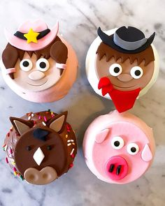 Giddy up cowboys and cowgirls! I got these adorable themed cupcakes from I'm obsessed! Houston Food, Themed Cupcakes, Cowboy And Cowgirl, Cowgirls, Cowboys, Desserts, Instagram, Tailgate Desserts, Dessert