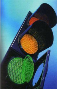 Luci a #Led nei #semafori romani: #risparmioenergetico e rispetto per l'ambiente