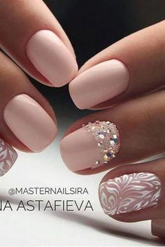 Wedding Theme Stunning Wedding Nail Designs To Inspire You picture 4 - Looking for some wedding nails inspiration? Our collection of exquisite ideas will help you complete your bridal look. Save these ideas for later. Wedding Nails For Bride, Bride Nails, Wedding Nails Design, Wedding Manicure, Wedding Designs, Wedding Beauty, Nail Wedding, Bling Wedding, Ivory Wedding