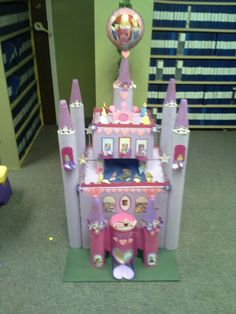 Castle Valentine Card Box! So Adorable, Every Little Girl Should Have One!  | DIY | Pinterest