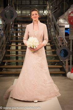 Bruidsshow | Speksnijder Bruidsmode | 8 april 2016 reserveer eens voor een wervelende show via www.bruidscollectie.nl