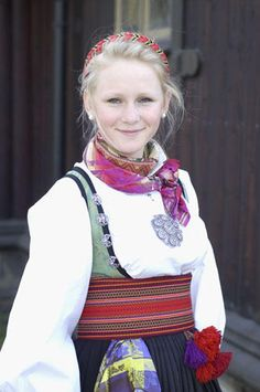 Russian Style, Russian Fashion, Folk Costume, Costumes, Medieval Dress, Amazing People, Traditional Dresses, Norway, Scandinavian