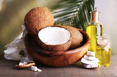6 Reasons To Include Coconut Oil In Your Workout Plan