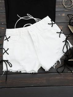 SHARE & Get it FREE | Frayed Side Lace Up Ripped Denim Shorts - WhiteFor Fashion Lovers only:80,000+ Items • New Arrivals Daily Join Zaful: Get YOUR $50 NOW!