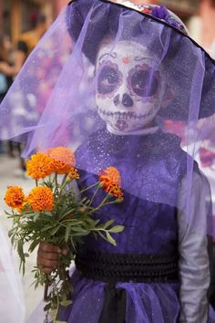 Dia de los Muertos. Perfect for a Halloween costume as well.