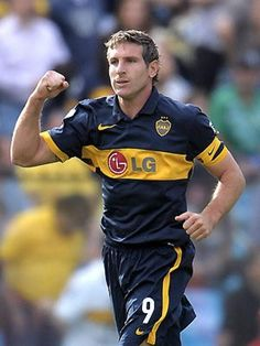 Martin Palermo, Boca juniors Martin Palermo, All Star, Football Players, Soccer, Football Pictures, Quotes, Soccer Players, Star