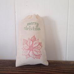 Christmas Party Favor Bags Poinsettia 10 Cotton Muslin Bags by www.SweetThymes.com