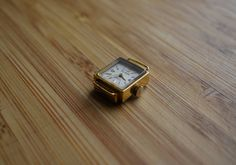 Square Watch, Vintage Ladies, Watches, Trending Outfits, Unique Jewelry, Accessories, Wristwatches, Clocks, Costume Jewelry