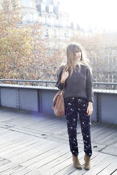 Jeanne Damas; perfect printed pants! WHERE CAN I FIND THESE?