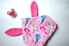 Wonderland: Doudou rosa con orecchie