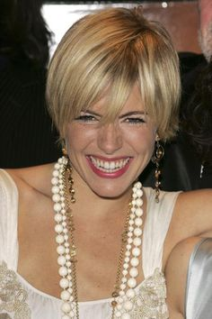 pictures of shaggy haircuts a classic lob like julianne hough s turns 5650