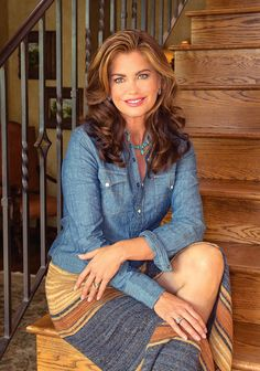 Health Beauty Life Magazine with Kathy Ireland on the cover Kathy Ireland, Timeless Beauty, My Beauty, Brunette Hair, Celebs, Celebrities, Supermodels, Interview, Beautiful Women