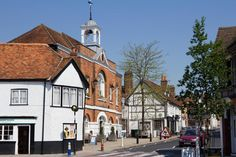 'perfect market town' Whitchurch tops list of fastest-rising commuter hotspots within an hour of London