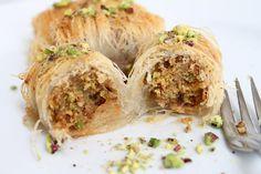 cataif_18 Sushi, Garlic, Vegetables, Ethnic Recipes, Food, Essen, Vegetable Recipes, Meals, Yemek