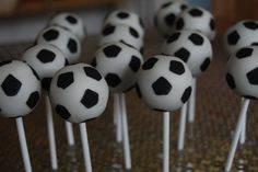 Cupcakes Take The Cake: Cupcake cake pops, plus soccer (football), Smurfs, leopard print and very cute cat cake pops Soccer Cake Pops, Football Cake Pops, Soccer Ball Cake, Soccer Cupcakes, Basketball Cakes, Cake Ball, Soccer Treats, Soccer Snacks, Sports Snacks