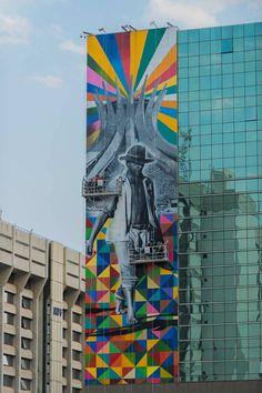 Now that's a mural. Artwork by Eduardo Kobra. #streetart #colorful #art