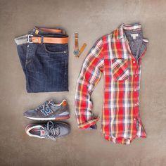 dark rinse denim plaid flannel and sneaks. mens fashion #MensFashionFlannel