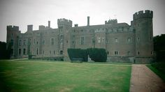 The Bothwell School of Witchcraft is an all new school of magic based in the UK. Come and be a witch for a weekend.