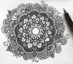 """2,686 Likes, 37 Comments - Simran Savadia • Australia (@floral.art) on Instagram: """"Love doodling Do you guys wanna see a time lapse of this drawing? …"""""""