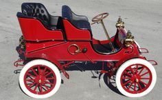 1903 Cadilla rear-entry tonneau