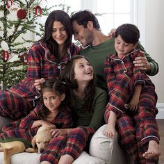 Family Pajamas – Woodstock Plaid Matching Christmas Pajamas, Family Christmas Pajamas, Matching Family Pajamas, Xmas Pictures, Family Christmas Pictures, Holiday Pics, Family Photos, Pajama Pattern, Looks Chic