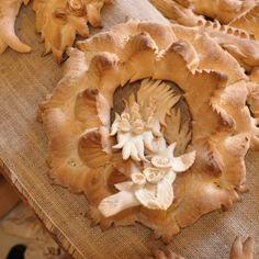 Il Coccoi è pane decorato tipico sardo. Nella tradizione era peculiarità delle classi più abbienti che lo preparavano in occasioni particolari come matrim