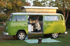 oy! what i would't give for a camper van like this one.