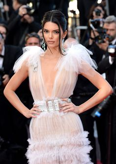 Did Kendall Jenner end up in a love triangle with Ben Simmons & Tinashe? wedding dresses kylie jenner Did Kendall Jenner End Up In A Love Triangle With Ben Simmons & Tinashe? Kendall Jenner Outfits, Kendall Jenner Mode, Kendalll Jenner, Kardashian Jenner, Kardashian Kollection, Ben Simmons, Hollywood Actresses, Look Fashion, Malta