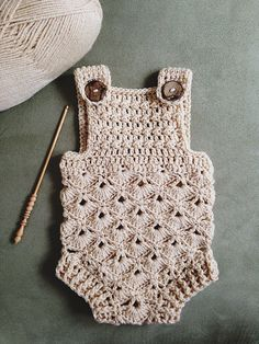 This is too too precious!    Crochet Patter for purchase from monpetitviolon s Etsy store - Baby Romper (sizes 0-3 and 6-12 months)