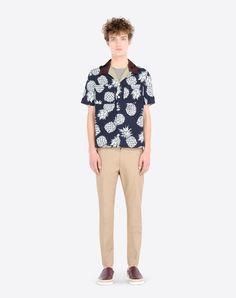 刺繍入り / シルクシャンタン / クレープ / マルチカラーデザイン / 定番カラー / 胸ポケット2つ / ボタン開閉 / サイドの裾にスリット入り / 半袖 メンズ 37741733NB