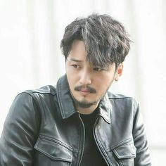 Hair men korean beautiful 23 Ideas for 2019 Permed Hairstyles, Modern Hairstyles, Cool Hairstyles, Men Perm, Hair Highlights And Lowlights, Different Types Of Curls, Getting A Perm, Really Long Hair, Air Dry Hair