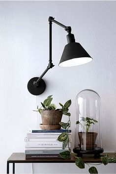 The 16 nicest wall lights for your interior, Home Accessories, The 12 most beautiful wall lamps: from fixed wall lamps to lamps with an extendable arm. So many options: get inspiration for your interior. Interior Lighting, Luxury Interior, Interior Styling, Interior Decorating, Desk Lamp, Table Lamp, Pantone, Beautiful Wall, Scandinavian Interior