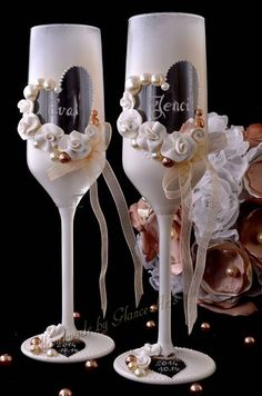 Wedding Arts by Glance Diy Wine Glasses, Decorated Wine Glasses, Painted Wine Glasses, Wedding Toasting Glasses, Wedding Champagne Flutes, Champagne Glasses, Wine Glass Crafts, Wine Bottle Crafts, Wine Glass Candle Holder