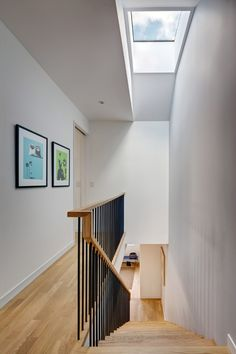 Street House in Brooklyn - e-architect Staircase Railings, Modern Staircase, Staircase Design, House Staircase, Staircase Ideas, Staircases, Wood Frame House, Straight Stairs, Magazin Design