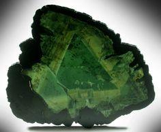 Mineral Specimens: Liddicoatite Tourmaline from Antsirabé, Fianarantsoa, Haute Matsiatra, Madagascar