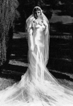 1930s wedding gown via lipstick & curls vintage weddings Facebook