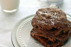 Check out this easy recipe for very impressive Nutella cookies. Biscuit Nutella, Nutella Cookies, Coffee Cookies, Chocolate Cookies, Galletas Chocolate, Soft Baked Cookies, Easy No Bake Cookies, Yummy Cookies, Almond Meal Cookies
