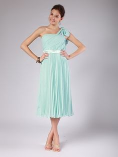 Accordion Pleated Chiffon Bridesmaid Dress | Plus sizes available! You can even custom dress color with them!