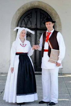FolkCostume&Embroidery: Overview of the Costumes of the Slovenes