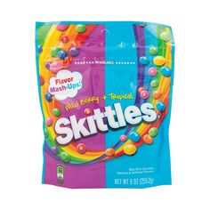 Skittles are a party favorite and great for everyday fun. Treat yourself or others today to this mash-up of flavors, featuring banana berry, kiwi lime, mango . Sour Candy, Mint Candy, Berry Punch, Banana Berry, Candy Brands, Skittles Gift, Yummy Treats, Delicious Desserts, Raspberry