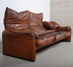 Leather 'Maralunga' Sofa for Cassina, 1973. One of the most famous Italian design sofas.  Design by Vico Magistretti, 1920-2006.
