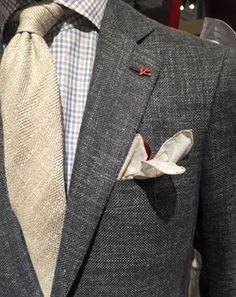 """GQ.com: """"Linen texture mix at Isaia."""". Stylish Eve Outfits, Casual Work Outfits, Professional Outfits, Work Casual, Fall Fashion Trends, Autumn Fashion, Fashion Tips, Designer Suits For Men, Teaching Outfits"""