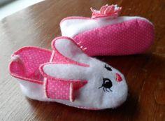 Hermosas Zapatillas de conejo para niña a tan solo 15 $us.