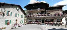 San Rocco, Ski Lift, Close Proximity, Ski Resorts, Skiing, Hotels, Italy, Mansions, House Styles