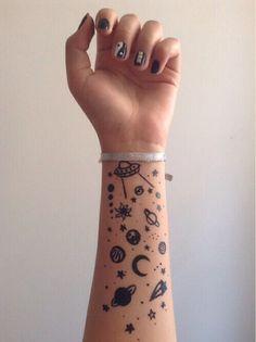 Imagem de tattoo, grunge, and planet